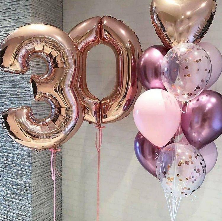 Шарики с двумя цифрами и фонтаном из 10 шаров