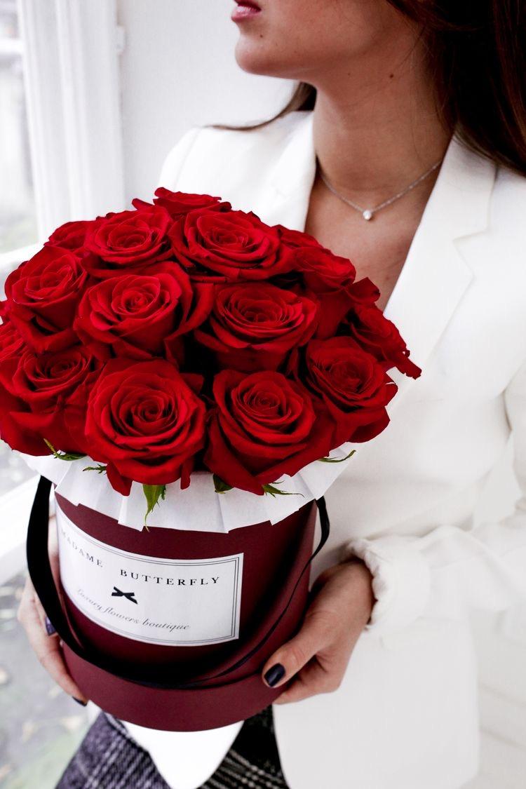 Розы в коробке!