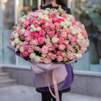 Букет гигант из кустовой розы